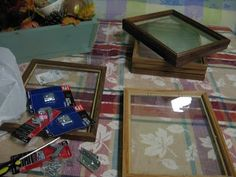 A woman grabs old photo frames & everyone's going to copy her idea