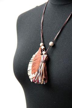 Náhrdelník z kůže Tassel Necklace, Tutorials, Jewelry, Fashion, Moda, Jewels, Fashion Styles, Schmuck, Jewerly