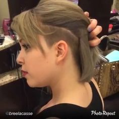 #newhair by @breelacasse #shnvideo #bob #bobcut #bobbedhair #bobundercut #shavednape #shavedback #shavedhair #alinebob #undercut #undershave #undercutdesign #hairdesign #shornnape #shorthairintheback #shorthairdontcare #love #like #follow her ✅