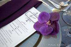 I LOVE fresh flowers aside each menu and napkin