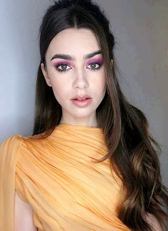 Lily collins violet eyeshadow makeup look and half up half down hair style 😍🔥🔥🔥 Lily Collins Eyebrows, Lily Collins Hair, 60s Makeup, Hair Makeup, Love Lily, Half Up Half Down Hair, Eyeshadow Looks, Eyeshadow Makeup, Makeup Eyebrows