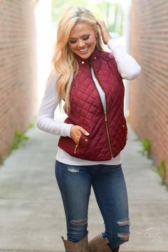More To Explore Quilted Puffer Vest - Wine Chaleco Rojo e8bd5191a95b