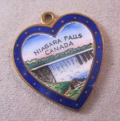 Niagara Falls Canada Enamel Heart Souvenir Charm Pendant 1940s