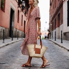 Fashion Deep V-Neck Print Short-Sleeved Casual Maxi Dress – Ininruby Sexy Maxi Dress, Maxi Dress With Sleeves, Buy Dress, Short Sleeve Dresses, Sleeved Dress, Maxi Dresses, Dresses 2014, Bohemian Dresses Short, Vacation Dresses