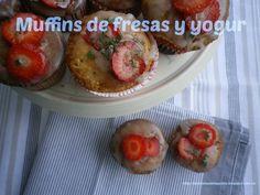 Muffins de fresas y yogur Baked Potato, Potatoes, Baking, Breakfast, Ethnic Recipes, Food, Top Drawer, Yogurt, Strawberry Fruit