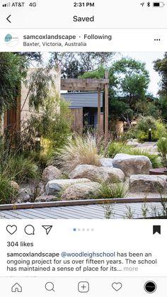 Organic Gardening Magazine Back Issues Rockery Garden, Dry Garden, Garden Beds, Garden Landscape Design, Landscape Architecture, House Landscape, Small Front Gardens, Australian Native Garden, Coastal Gardens