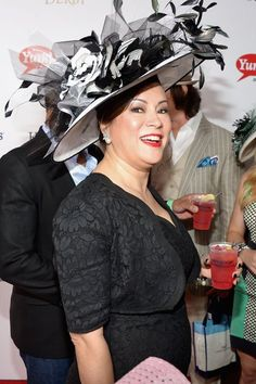 67d307bd0ea Kentucky Derby Fashion and Hats become popular