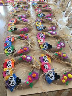 Felt Wreath, Fun Crafts For Kids, My Children, Lana, Holiday Crafts, Montessori, Preschool, Decorated Doors, Barn Owls