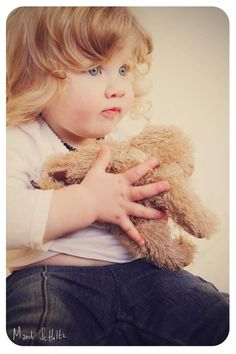 #beautiful #baby #girl #xxx Gifts For Photographers, Great Friends, Teddy Bear, Unique, Baby, Photography, Beautiful, Photograph, Fotografie
