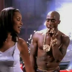 """Tupac and Lisa Raye in the """"Toss it Up"""" music video. Tupac Shakur, Rap Style, 2pac Makaveli, Tupac Wallpaper, Tupac Art, Tupac Music, Tupac Pictures, Rapper, Manicure Y Pedicure"""