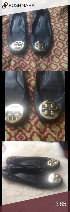 TORY BURCH Revas AUTHENTIC Tory Burch Flats. ⭐️ Used less than 8x⭐️ Normal wear. Some peels in back & front but nothing major. ⭐️ Tory Burch Shoes Flats & Loafers