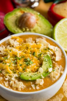 Keto Crockpot White Shredded Chicken Chili-Easy Low Carb Slow Cooking Dinner - Looking for a keto dinner recipe that's low carb high in flavor & easy to prep for the crockpot? This Keto Crockpot White Chicken chili is the best! Crock Pot Recipes, Keto Crockpot Recipes, Chili Recipes, Slow Cooker Recipes, Low Carb Recipes, Diet Recipes, Chicken Recipes, Cooking Recipes, Healthy Recipes