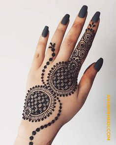 Feb 2020 - 50 Most beautiful South Korea Mehndi Design (South Korea Henna Design) that you can apply on your Beautiful Hands and Body in daily life. Henna Hand Designs, Pretty Henna Designs, Mehndi Designs Finger, Henna Tattoo Designs Simple, Simple Arabic Mehndi Designs, Mehndi Designs 2018, Stylish Mehndi Designs, Mehndi Designs For Girls, Mehndi Designs For Beginners