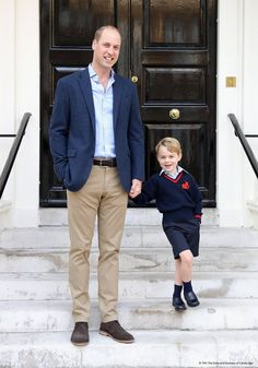 Kensington Palace (@KensingtonRoyal) on Twitter: Prince George with his father the Duke of Cambridge at Kensington Palace, September 7, 2017, to mark George's first day at Thomas's School. Photo by Chris Jackson.