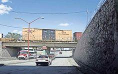 Paso a Desnivel. Ubicado entre la Avenida Insurgentes y la Calle  Libertad. Ciudad Juárez.