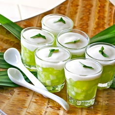 Buko Pandan Cups something I would be eating outside on a hot summer day in the Philippines.
