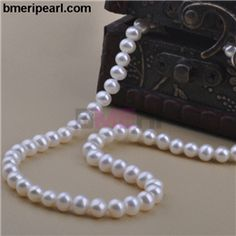 large south sea pearl necklace.  Needless to say, it is a fantastic diamond bracelet with black diamond for hip hop and rap artists, their followers and those jewelry enthusiasts who want to wear heavy diamond jewelry to embellish their persona.Wearing such a bracelet and a men's 10K black diamond chain that showcases 165. visit: www.bmeripearl.com