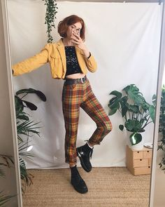 """34273ee61fd4b3 LIBBY ✱ ✧ ☼ on Instagram  """"Funky trouser appreciation 🧡 all items worn in  these looks are vintage!! I sell similar things over on my Depop if ur  curious ..."""