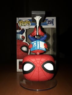 Homecoming Blu-Ray Gift Box Exclusive Upside Down Spider-Man Funko Pop!