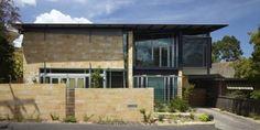 modern home design stone cladding exterior decoration Stone Cladding Exterior, Sandstone Cladding, Zinc Cladding, House Cladding, Modern Home Interior Design, Modern House Design, Passive House Design, Modern Exterior, Exterior Decoration