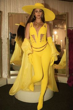 Beyonce in Custom Atelier Versace Global Citizen Festival: Mandela 100 Johannesburg , South Africa. Beyonce 2013, Beyonce Knowles Carter, Beyonce And Jay Z, Rihanna, Beyonce Pics, Beyonce Coachella, Global Citizen Festival, Idol, Beyonce Style