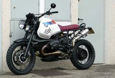 BMW GS ABS: One of a kind. A perfectly conserved unit, that after passed through Cafe Racer Dreams' hands it's now a unique bike: The best of the electronic injection and the bmw boxer engine + … Bmw R850r, Bike Bmw, Bmw Motorcycles, Motorcycle Bike, Vintage Motorcycles, Custom Motorcycles, Custom Bikes, Bmw Scrambler, Scrambler Custom