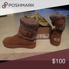 How to clean UGG boots: Keep your favorite UGG boots looking their best with UGG Sheepskin Cleaner and Conditioner. In 5 easy steps* your UGG Classics will be restored to their original look and feel. Ugg Snow Boots, Ugg Boots Sale, Knit Boots, Bootie Boots, Ankle Booties, Uggs With Bows, Ugg Classic Tall, Cool Boots, Fashion Boots