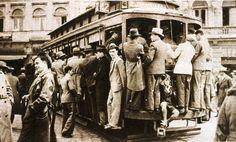 Suplemento Rotogravura - Bonde lotado na hora do rushna década de 30