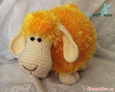Amigurumi Knitting Sheep Toy Making . Crochet Sheep, Crochet Animals, Crochet Dolls, Amigurumi Free, Amigurumi Toys, Amigurumi Patterns, Softies, Crochet Motifs, Crochet Patterns