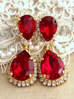 Ruby Chandelier earrings, Bridal Ruby Earrings By Ilona Rubin on Etsy… Ruby Jewelry, Ruby Earrings, Stone Earrings, Bridal Earrings, Dangle Earrings, Diamond Earrings, Jewelery, Turquoise Jewellery, Bridal Jewelry