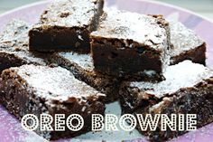 Inside the Wendy House: Oreo Brownie Traybake Recipe Delicious Cake Recipes, Yummy Cakes, Sweet Recipes, Yummy Treats, Sweet Treats, Yummy Things To Bake, Oreo Brownies, Oreos, Chocolate Oreo Cake