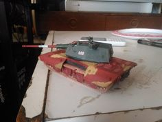 Modell of German Heavy tank prototype, It will be in development since 1942 but work on this tank will be laterly slowed and continuied only with three Adller employeers. This prototype was belong ...