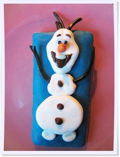 """Wir lieben """"Die Eiskönigin!"""" Wie Ihr mit wenigen Zutaten und ganz ohne Backen Olaf-Kekse machen könnt, erfahrt Ihr auf unserem Blog."""