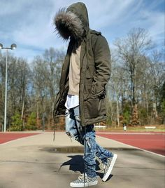 Cool Modest Winter Outfits For Men Street Style 85 Men With Street Style, Men Street, Street Wear, Modest Winter Outfits, Winter Outfits Men, Dope Fashion, Urban Fashion, Mens Fashion, High Fashion