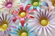 DIY Soda Can Flowers - Tutorial for Pop Can Flowers // Metal Flowers Soda Can Flowers, Tin Flowers, Floral Flowers, Paper Flowers, Aluminum Can Crafts, Metal Crafts, Aluminum Cans, Aluminum Can Flowers, Recycled Crafts