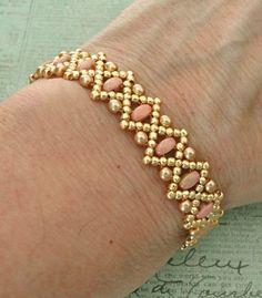 """LIZ BAND 11/0 seed beads Toho """"Galvanized Starlight"""" (557PF) 8/0 seed beads Toho """"Galvanized Starlight"""" (557PF) Smooth SuperDuo beads """"Jet Red Luster"""" 3mm Czech pearls """"Gold"""" Here is another """"Liz"""