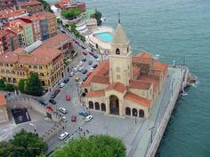 Iglesia de San Pedro,Precioso Gijon Asturias Spain, Places In Spain, Paraiso Natural, Spain And Portugal, Spaces, Mansions, House Styles, City, Travel