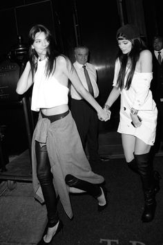 Kendall & Kylie Jenner- Leaving Alexander Wang's After Party, NY (07/09/2014)