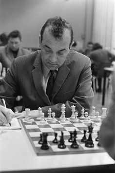 The chess games of Viktor Korchnoi How To Play Chess, Chess Players, Game Pieces, Jigsaw Puzzles, Amsterdam, Chess Games, Champion, Theatre Posters, Chess Sets