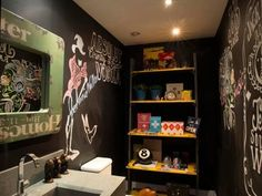 Where Everybody Knows Your Name: Cultivating a Stylish Dive Bar Style at Home | Apartment Therapy