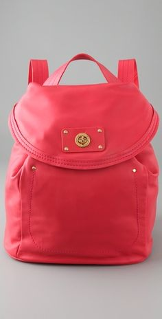 Marc by Marc Jacobs Totally Turnover Backpack / Messenger Bag....EXACTLY what ive been looking for!!!!
