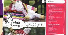PATRONES GRATIS DE CROCHET: AMIGURUMI UNICORNIO a crochet... Patrón gratis Beagle, Pony, Teddy Bear, Animals, Craft, Flower, Crochet Baby, Knitting Charts, Knitting Needles