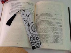 Best Bookmarks, Creative Bookmarks, Bookmarks Kids, Handmade Bookmarks, Corner Bookmarks, Bookmark Craft, Bookmark Ideas, Broken Book, Bookmark Printing