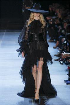 Sfilata Saint Laurent Paris - Collezioni Primavera Estate 2013 - Vogue