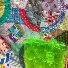 For those of you that have been privy to #haloquilt by #jenkingwell you have been waiting for the authentic #haloquilttemplates which are now on line at www.amitie.com.au - please note official release of the pattern will be later this year. Stayed tuned.