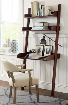 Such a great desk solution for an office nook! || Office Nook Desk