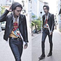 Get this look: http://lb.nu/look/8471455  More looks by IVAN Chang: http://lb.nu/ivan  Items in this look:  Topman Cap, Tastemaker 達新美 Shirt, Vintage Leather Jacket, Asos Jeans, Asos Boots   #artistic #street #vintage