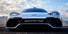 De Mercedes-AMG Project ONE. Mercedes Amg, Turbo Motor, Muscle Cars, Car Pictures, Car Pics, Daimler Benz, Expensive Cars, Electric Motor, Race Cars