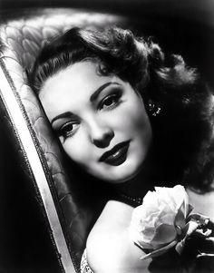 Film noir/ beautiful makeup