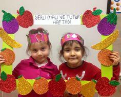Καδράκι - λαχανικά που φτιάχνουν τα παιδιά με κολλητική - φωτογράφηση